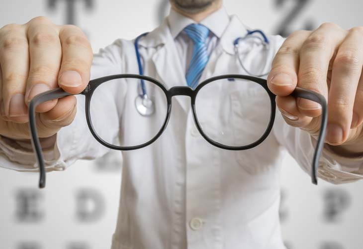 What is Long-Sightedness and How to Spot it